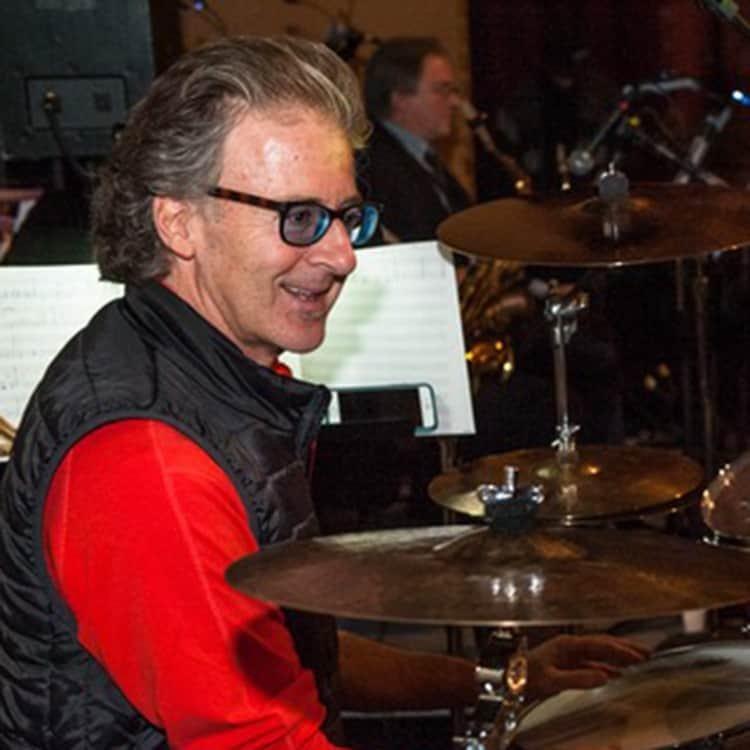Rob Wallis (Husdon Music)